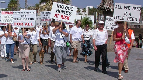 Cyprus trapped buyer protest